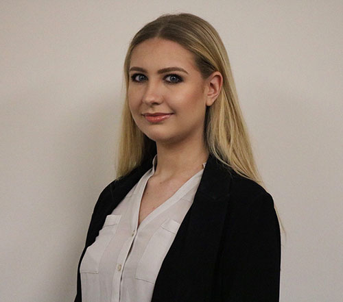 Ariana-Office-Administrator